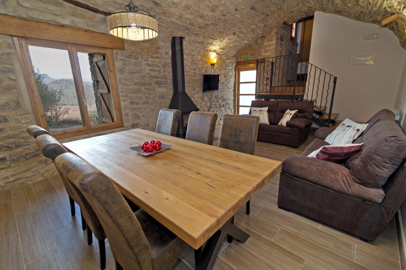 La Bodega de Puy, holiday rental in Peralta de la Sal