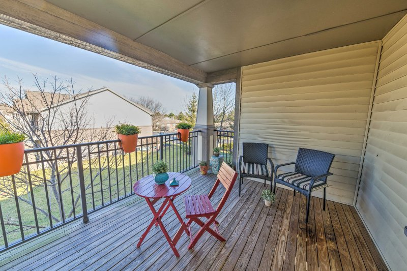 Elevate your Liberty Township holiday at this 2-bedroom, 2-bathroom vacation rental townhouse.