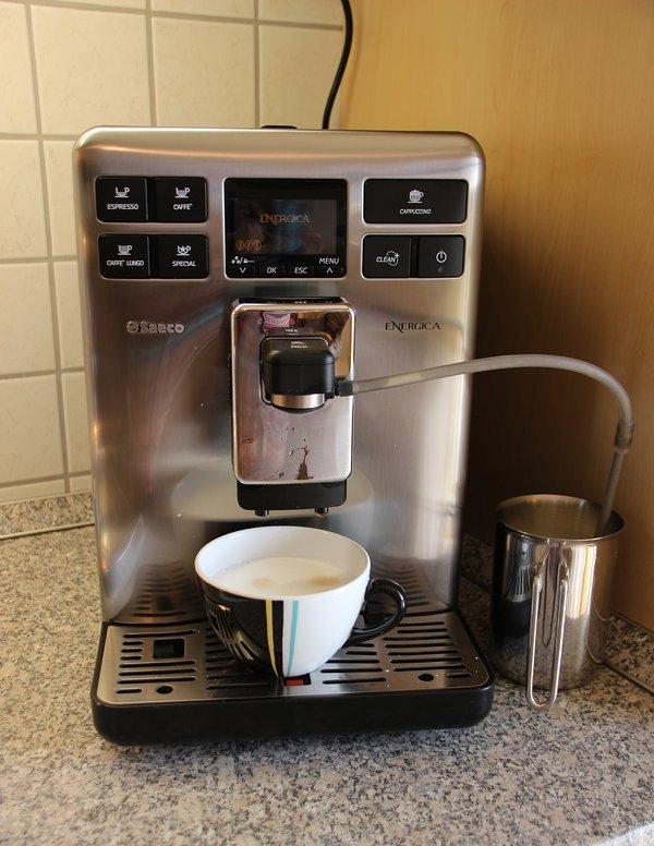 la machine à café Saeco pour le plaisir merveilleux café