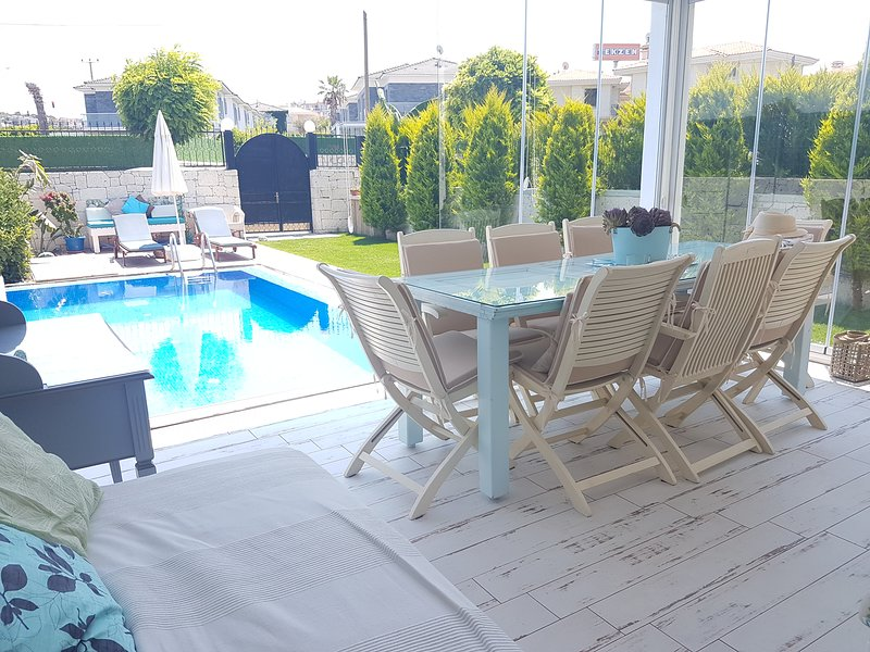 New Lux villa with privat pool ,4 bedrooms, holiday rental in Cesme