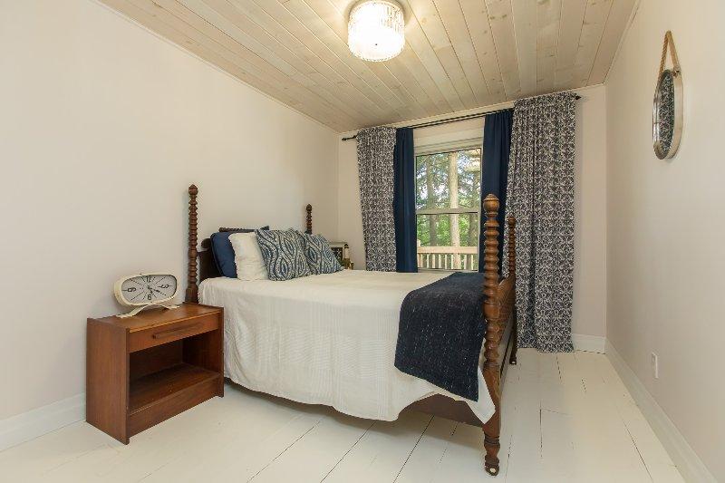 azul habitación de invitados