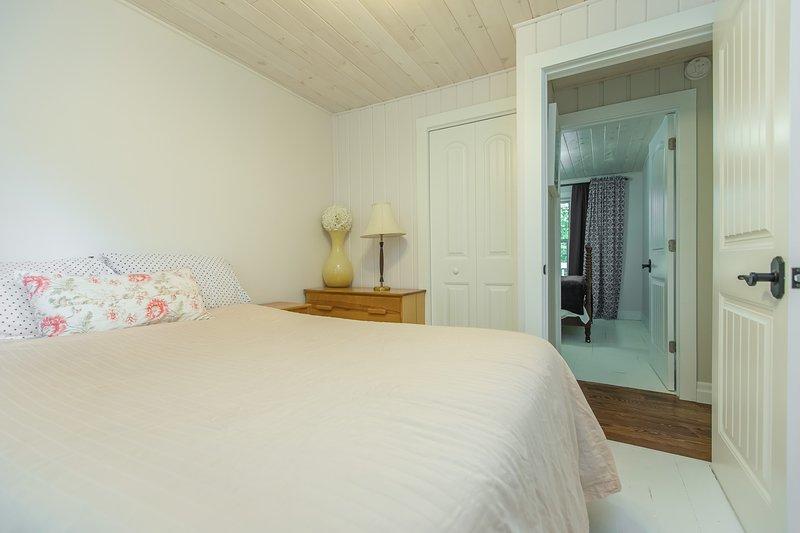 verde habitación de invitados que buscan habitación azul