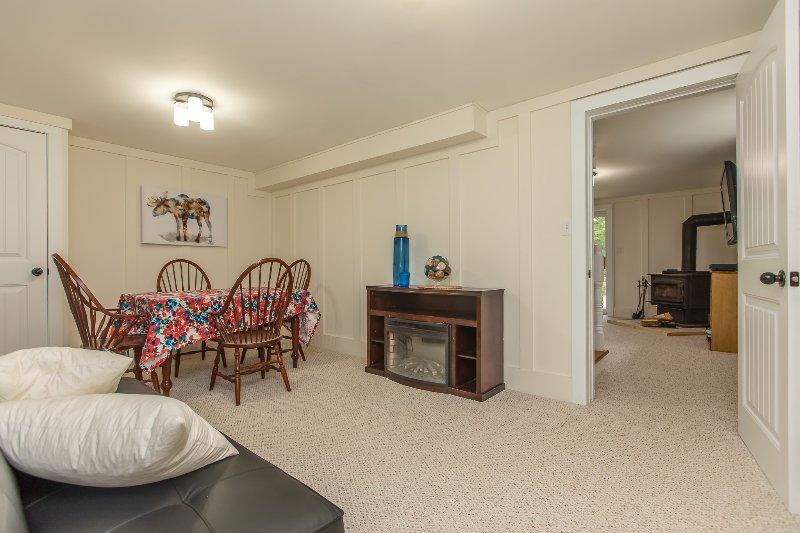 menor nivel habitación con sofá-cama