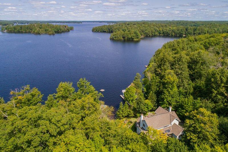 luchtfoto van Sanctuary