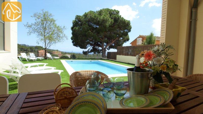 Lloret de Mar Villa Sleeps 14 with Pool and WiFi - 5245461, location de vacances à Mont Barbat