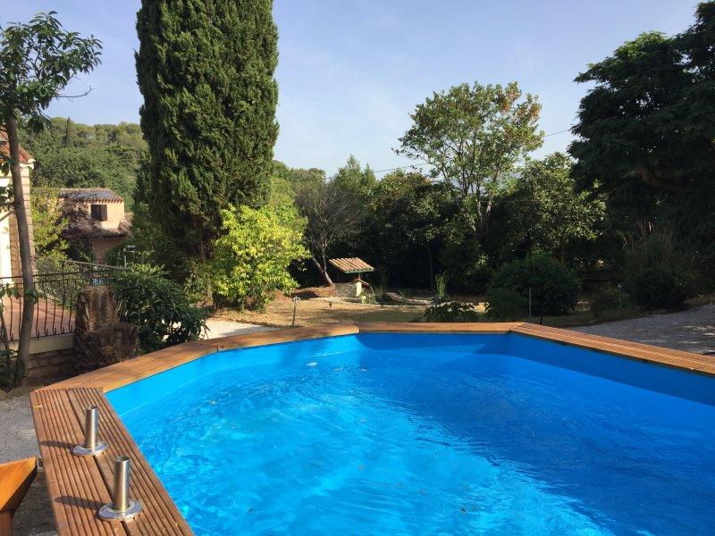 Villa 90 m2, 1350 m2 de terrain calme classée 4*, casa vacanza a La Seyne-sur-Mer