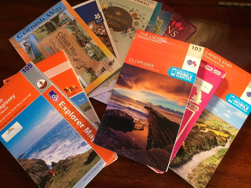 wir sind ideal für Spaziergänge an der Küste! Wir haben jede Menge Karten und Bücher bekommen Sie ausleihen können