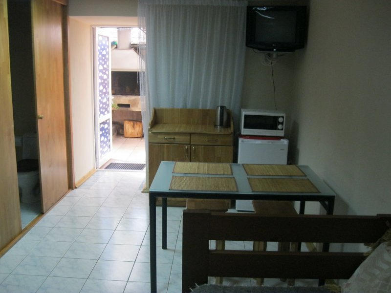 Guest house 'Studio' Number 2: Room, Standard, 4-bed, 1-room, casa vacanza a Greater Sochi