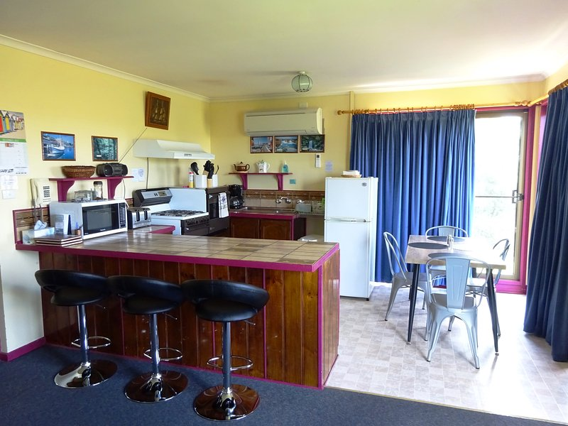Short drive to the Great Ocean Road, Port Campbell, holiday rental in Timboon