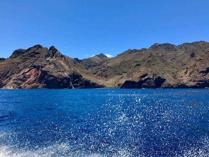 Los Gigantes und Punta de Teno bei 15 und 35 Minuten vom Haus entfernt.