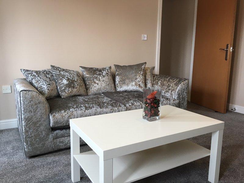 Thorneycroft Drive, holiday rental in Warrington