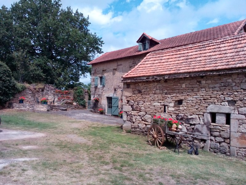 La Salesse (Country Houses in France), holiday rental in Ginals