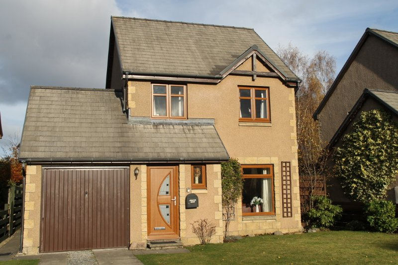 Aviemore Lodge - Close to All Amenities, location de vacances à Aviemore and the Cairngorms