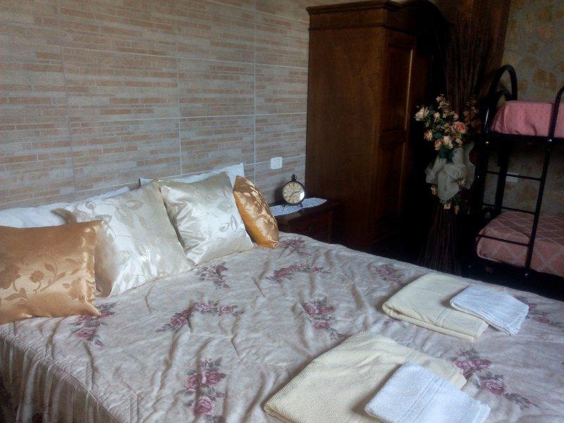 casa fronte mare in villa, location de vacances à Vieste