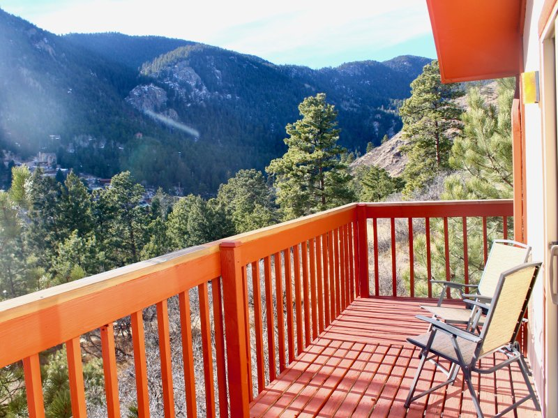Large Mountain Getaway Green Mountain Falls Co 10 Minutes From