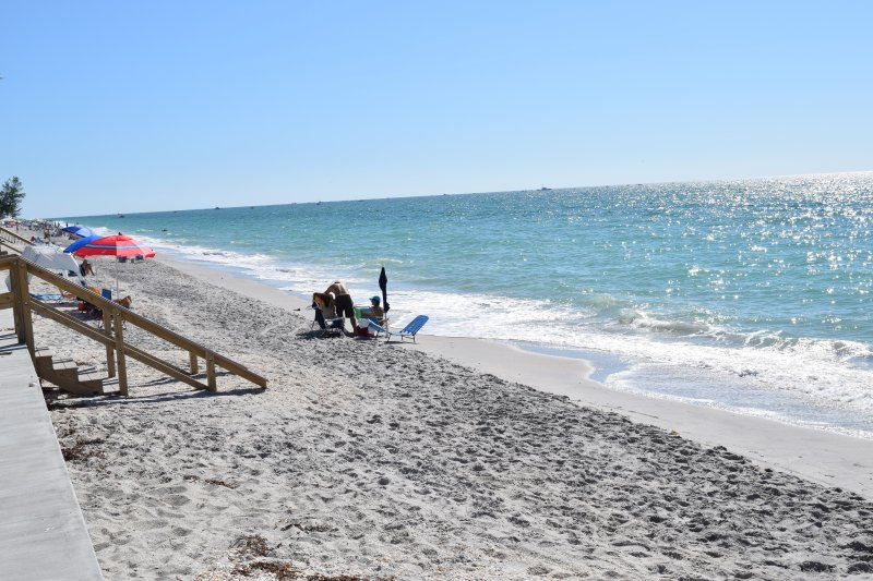 Manasota Key Has Cable/satellite TV and Air Conditioning ...