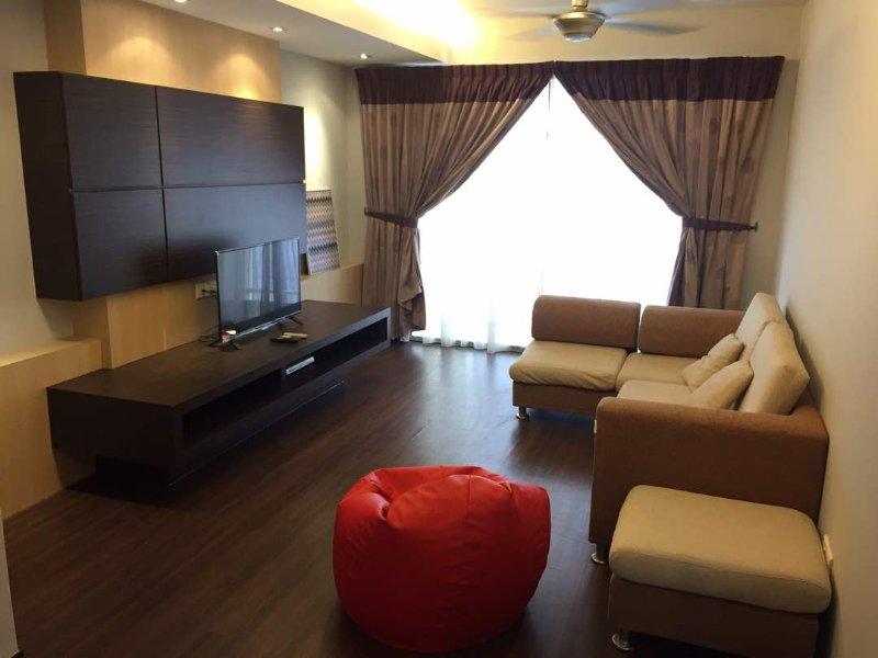 SayAng Home 2BR Condo SeaBreeze Stay to call HOME, aluguéis de temporada em Melaka