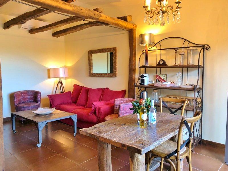 Jolie petite maison à Sant'Amanza, holiday rental in Bonifacio