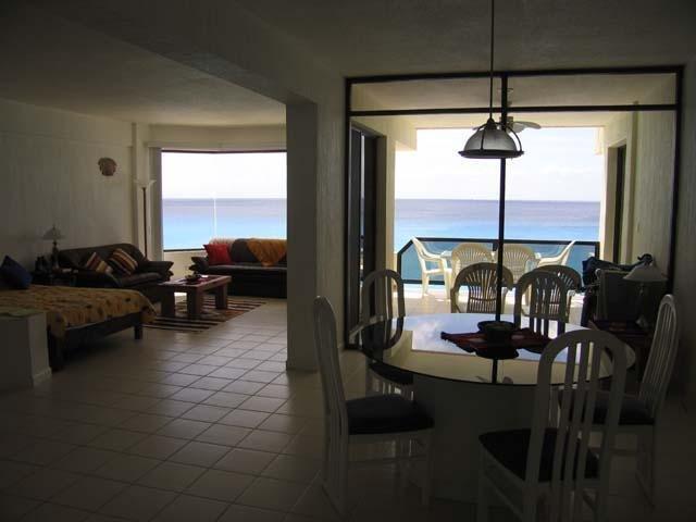 Grand salon face à l'océan
