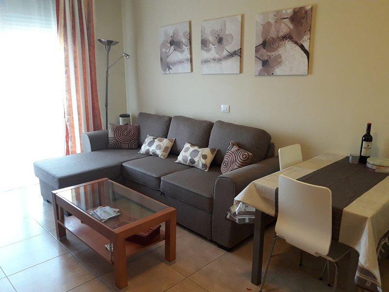 Atico Residencial Los Patios, terrazas, vistas, garaje, trastero y wifi gratis, vacation rental in El Medano