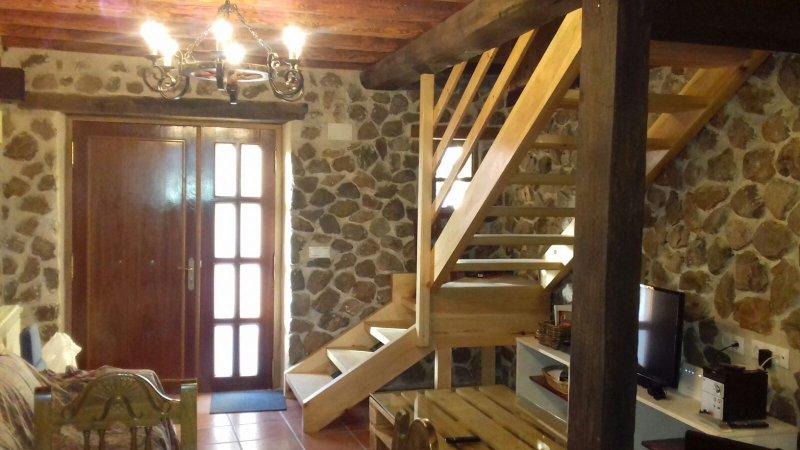 ARROYO MILANO CASA RURAL****, vacation rental in Villacastin