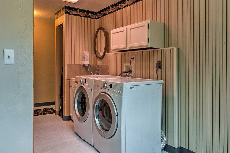Un lave-linge et sèche-linge sont disponibles!