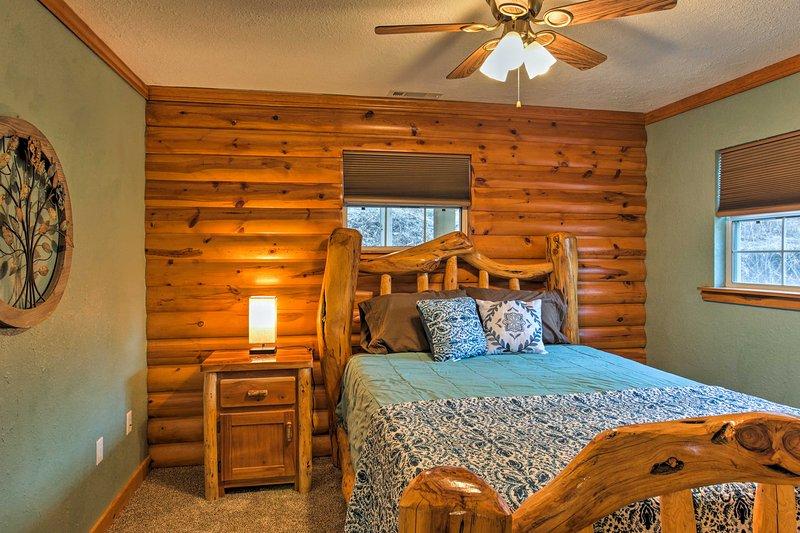 Chambre 2 dispose d'un lit queen-size.