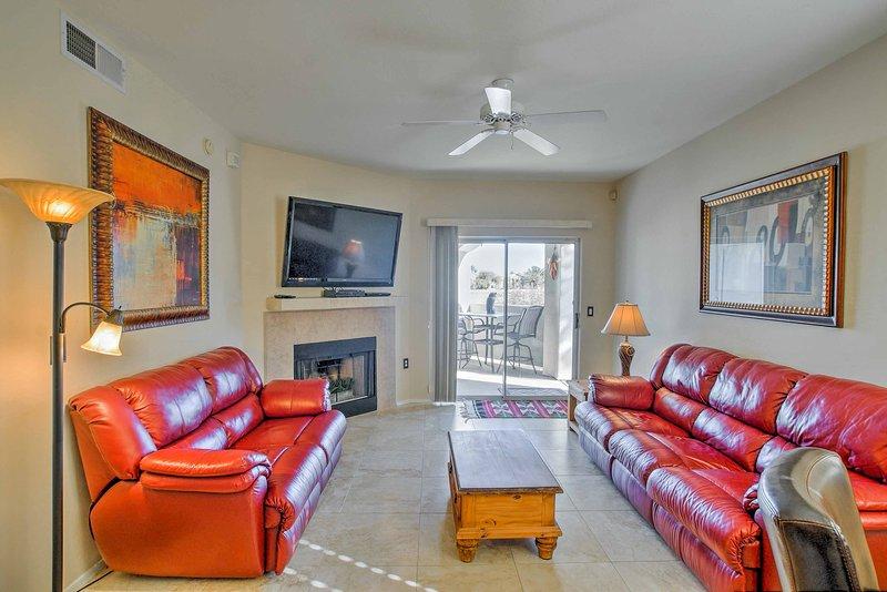 Le salon est l'endroit idéal pour profiter d'un après-midi de détente.