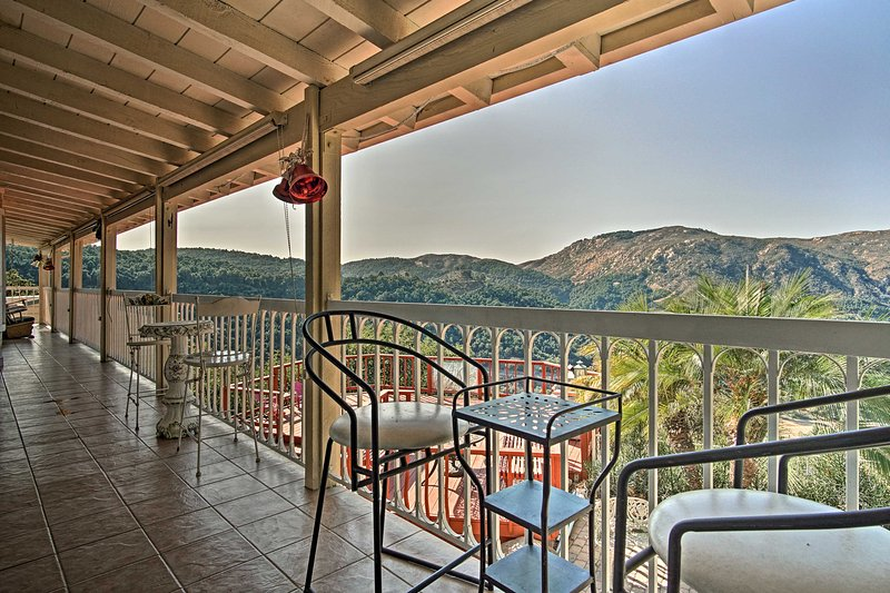 Hilltop Valley Center House w/Balcony & Mtn Views!, vacation rental in Valley Center