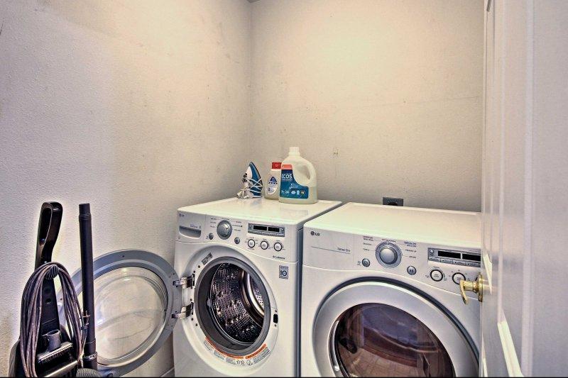 No hay necesidad de empacar la ropa sucia con máquinas de lavandería en la unidad.