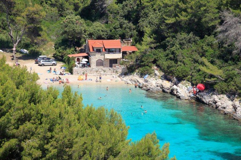 Two bedroom apartment Zavalatica, Korčula (A-9234-a), alquiler vacacional en Cara