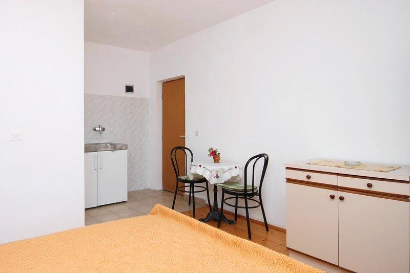 Küche 2, Oberfläche: 1 m²