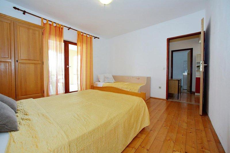 Schlafzimmer 2, Oberfläche: 15 m²