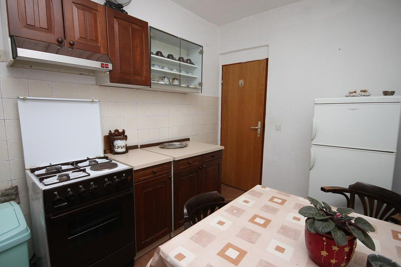 Küche 1, Oberfläche: 4 m²
