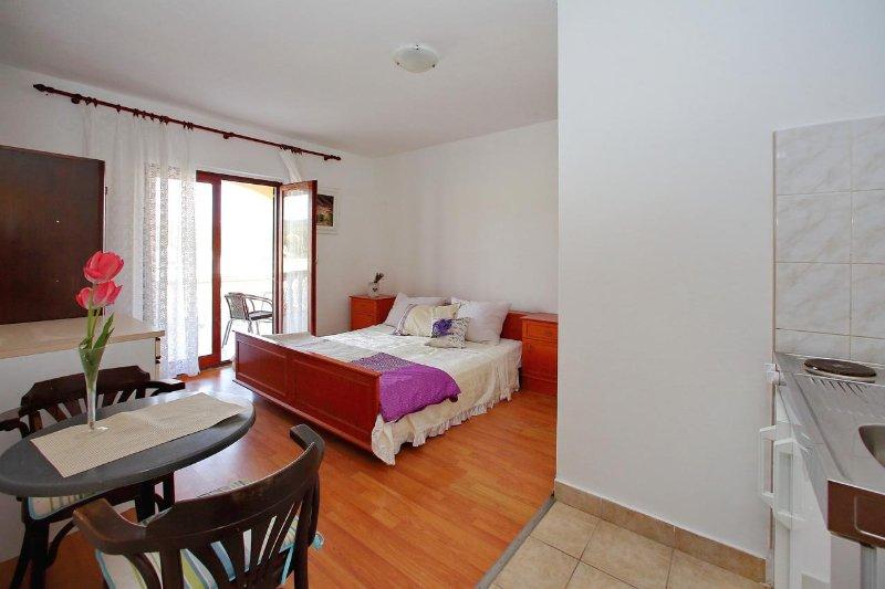 Schlafzimmer 3, Oberfläche: 15 m²
