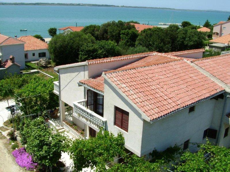 Four bedroom apartment Vrsi - Mulo, Zadar (A-5791-b), location de vacances à Vrsi