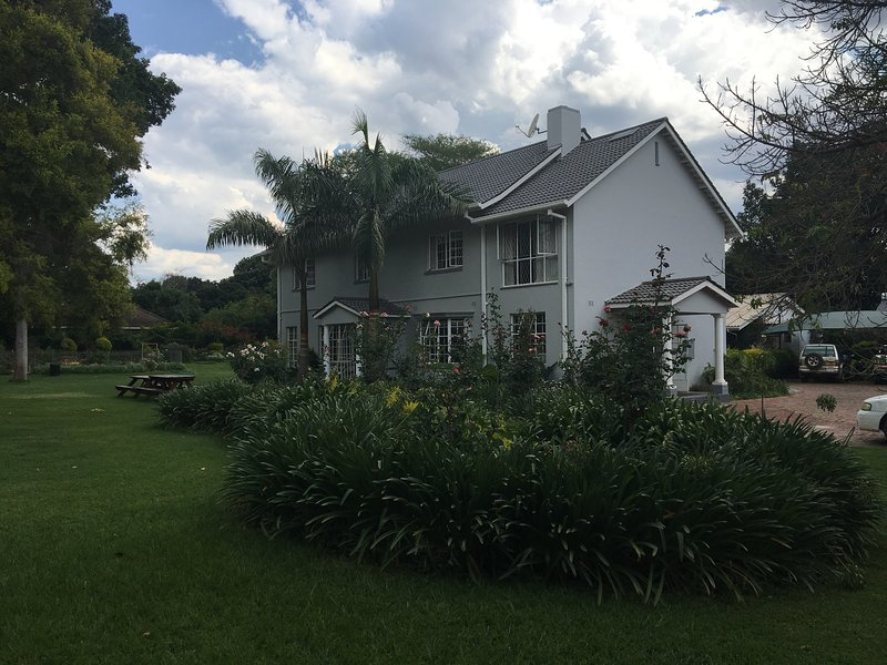MMX Guesthouse, vacation rental in Zimbabwe