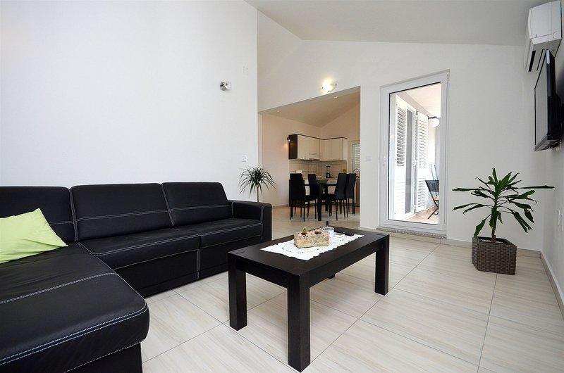 Apartment Ljiljana, location de vacances à Prvic Luka