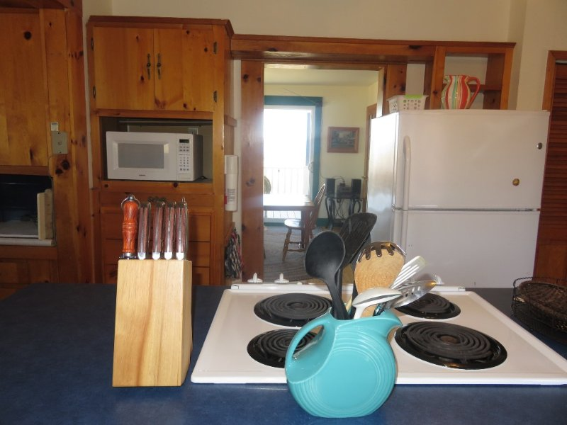 Island in kitchen at Shipwright's Cottage