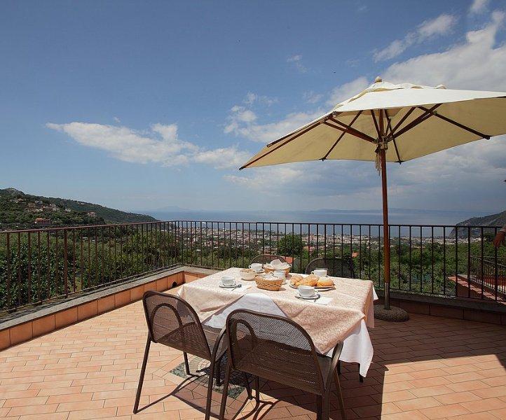Appartamento Ercole E, vacation rental in Arola-Preazzano