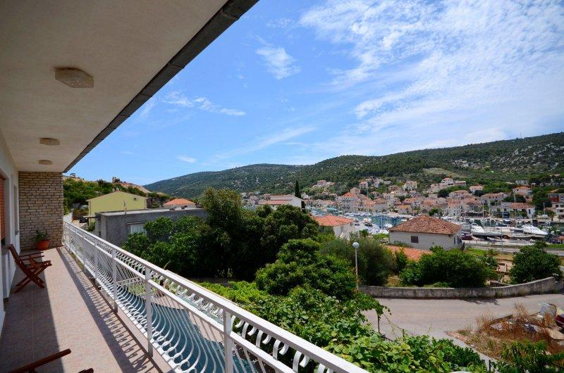 Apartment Nediljko, aluguéis de temporada em Marina