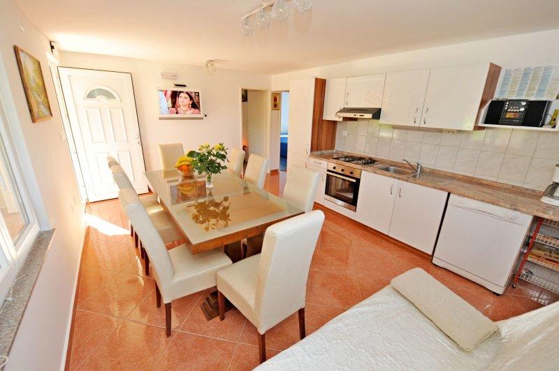 Villa Manuela, holiday rental in Canton 10