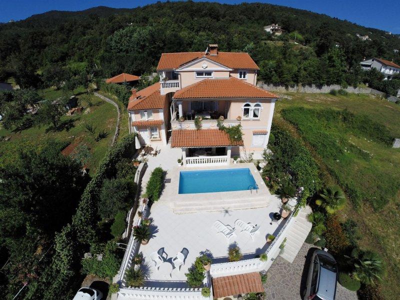 Apartments Barbara, holiday rental in Tulisevica