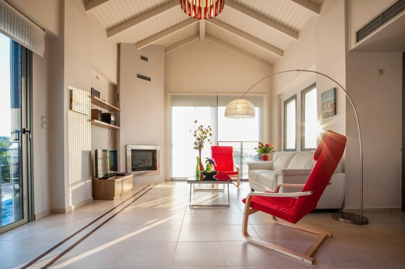 Nopigeia Villa Sleeps 6 with Pool and Air Con - 5217975, holiday rental in Koleni