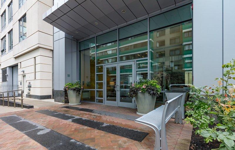 Global Luxury Suites at West End, vacation rental in Boston