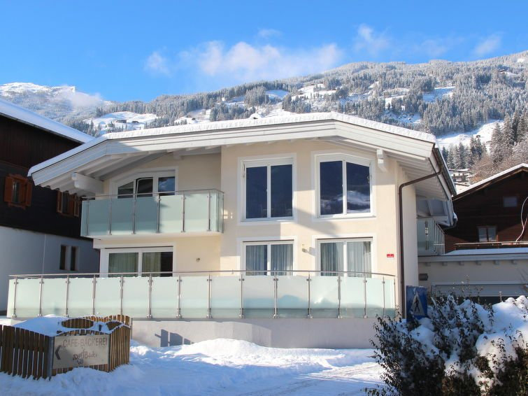 Fugen Holiday Home Sleeps 10 with Free WiFi - 5027677 Chalet in Fugen