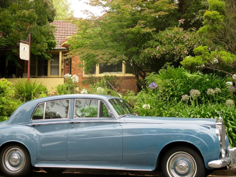 Kookaburra Cottage from Cliff Drive