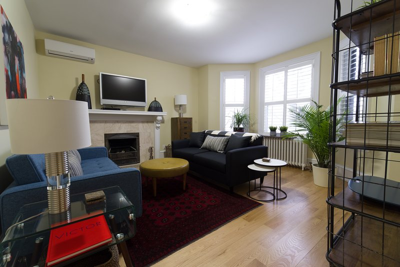Rosedale Toronto 2 Bedroom 2 Bath Apartment Office And Terrace