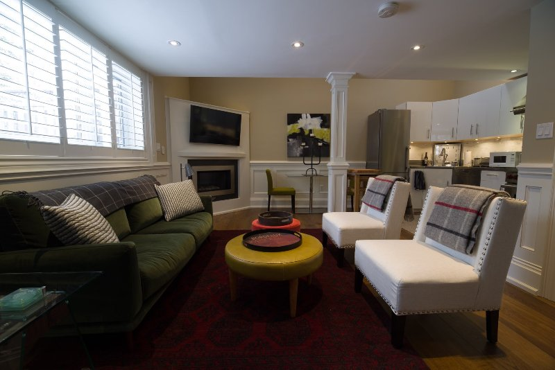 Relax in comfortable, stylish surroundings in this bright, modern, open concept suite.
