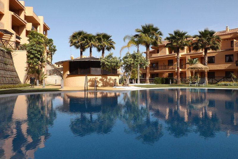 Apartment - 2 Bedrooms with Pool and WiFi - 101182, holiday rental in Sitio de Calahonda
